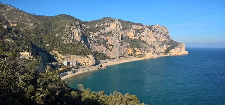 La spiaggia di Varigotti Punta Crena