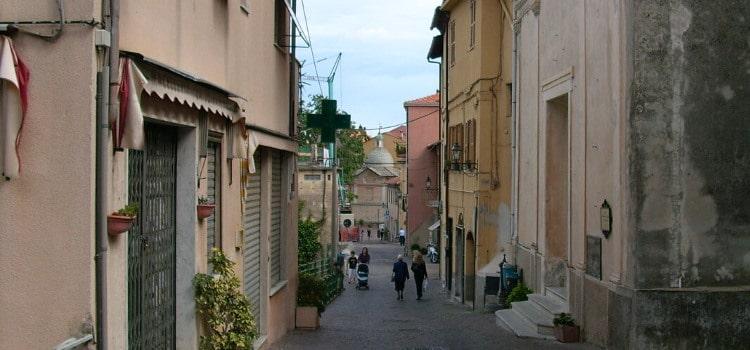 centro storico Toirano
